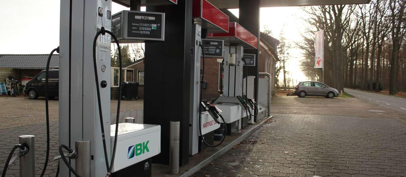 Hartholt Olie benzinepomp Letele